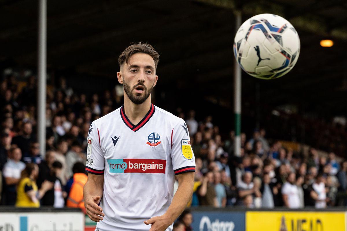 Cambridge United v Bolton Wanderers - Sky Bet League One