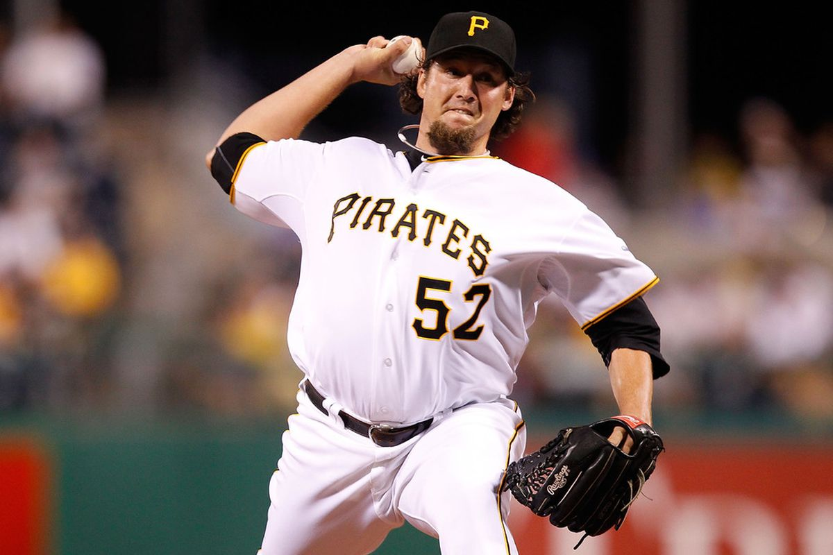 PITTSBURGH - AUGUST 04: Joel Hanrahan #52 of the Pittsburgh Pirates pitches against the Chicago Cubs during the game on August 4, 2011 at PNC Park in Pittsburgh, Pennsylvania.  (Photo by Jared Wickerham/Getty Images)