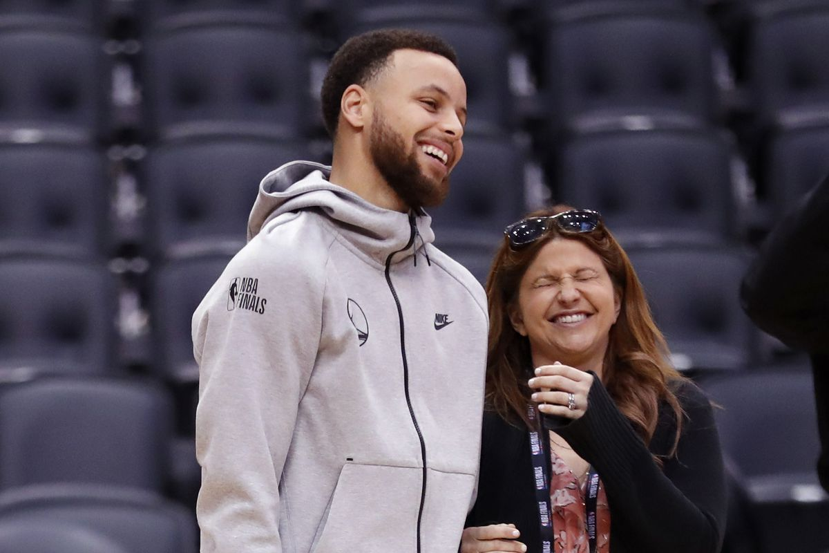 Golden State Warriors' Stephen Curry jokes with ESPN's Rachel Nichols before NBA Finals' practice at ScotiaBank Arena in Toronto, Ontario, Canada, on Saturday, June 1, 2019.