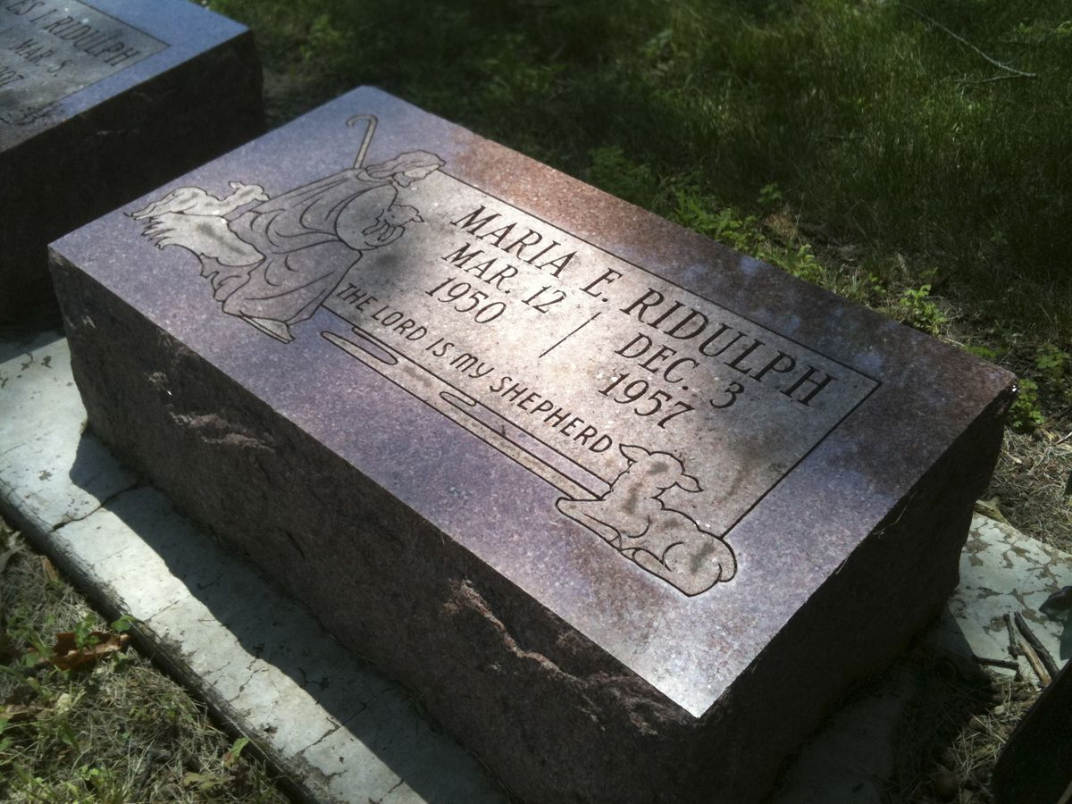 Maria Ridulph is buried in Elmwood Cemetery in Sycamore, Ill.   Associated Press