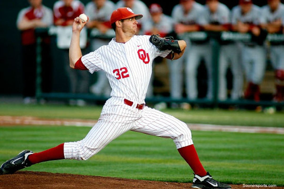 """Oklahoma's Damien Magnifico was named the Big XII Newcomer of the Week this week. Photo via <a href=""""http://www.coxsportstv.com/images/uploads/ou-baseball-manifico-550x377.jpg"""">www.coxsportstv.com</a>"""