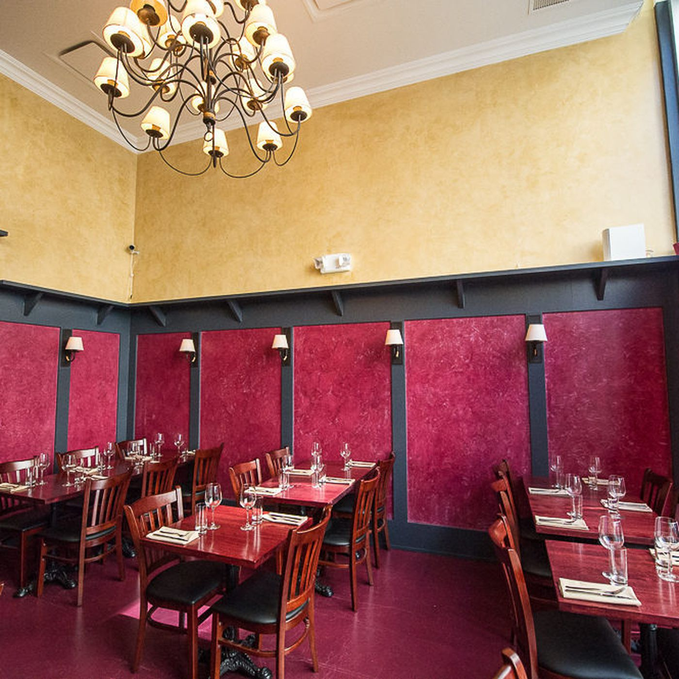 Cherrywood Kitchen An American Bistro On Spring Street Eater Ny
