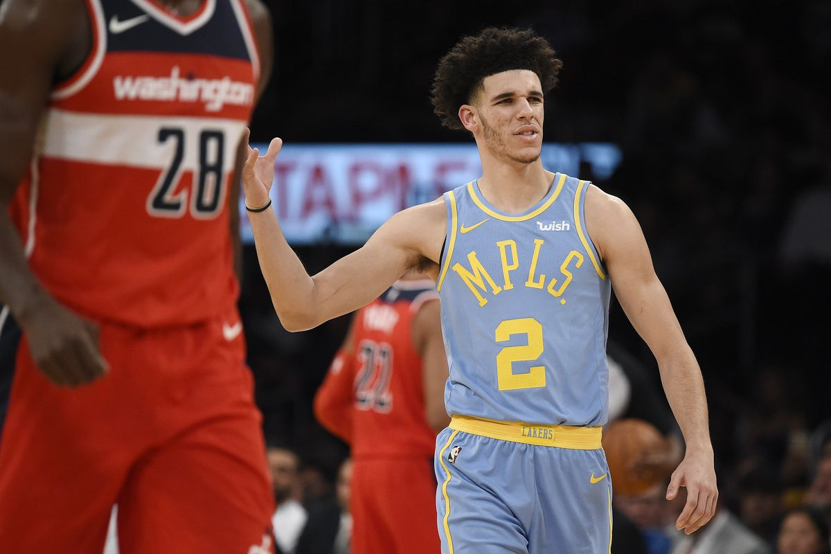 low priced b2df8 d4914 Lakers vs. Wizards Final Score: Lakers' late comeback sparks ...