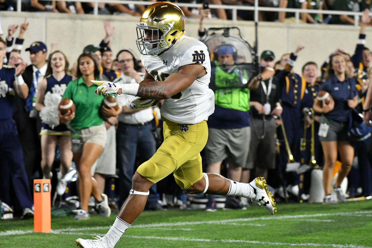 Notre Dame Running Back Deon Mcintosh Sent Home From Citrus Bowl One Foot Down