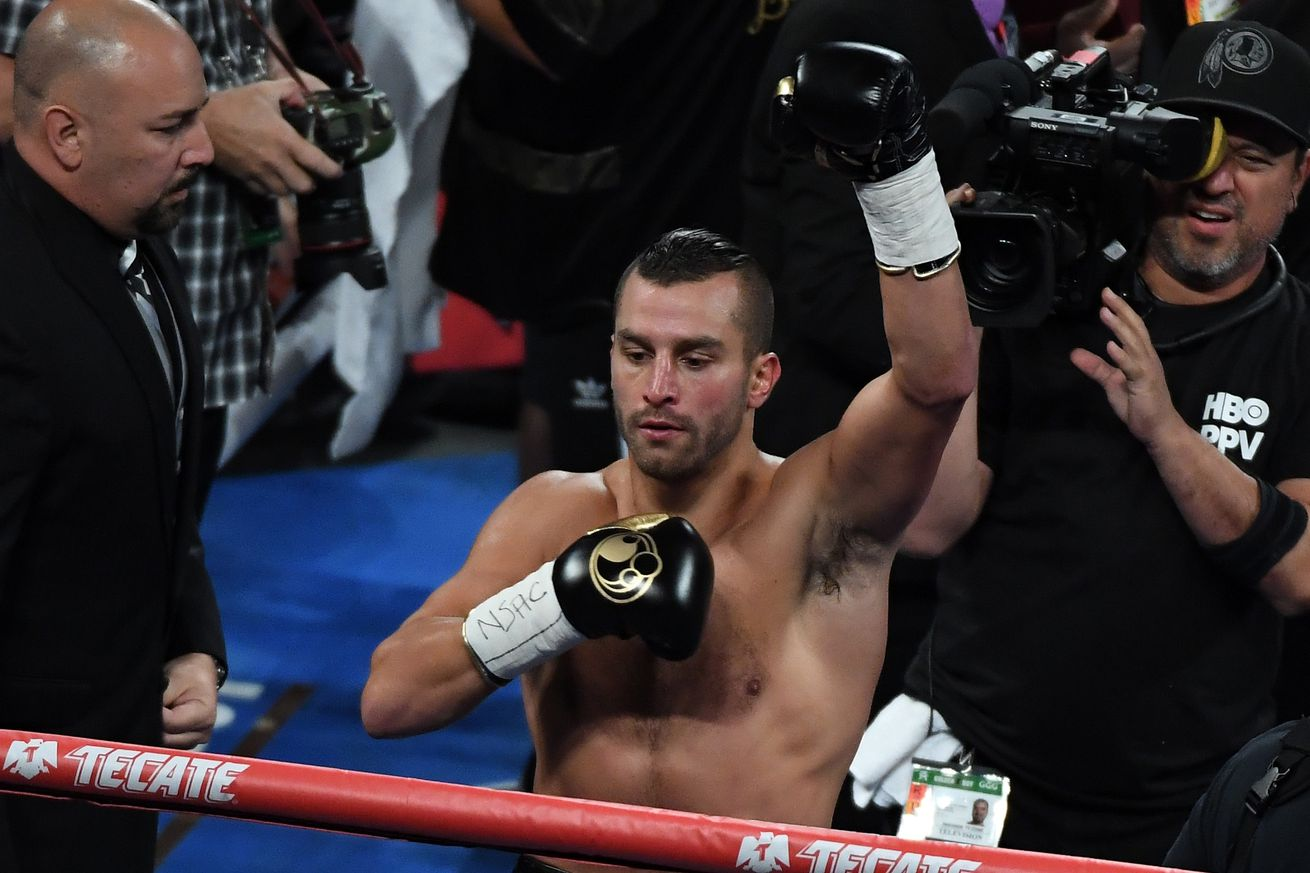 1033974330.jpg.0 - Lemieux-Ryder to be added to Canelo-Jacobs card