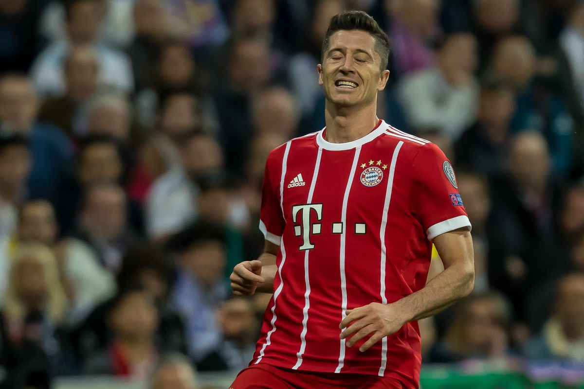 MADRID, SPAIN - MAY 01: Robert Lewandowski of Bayern Muenchen looks on during the UEFA Champions League Semi Final Second Leg match between Real Madrid and Bayern Muenchen at the Bernabeu on May 1, 2018 in Madrid, Spain.