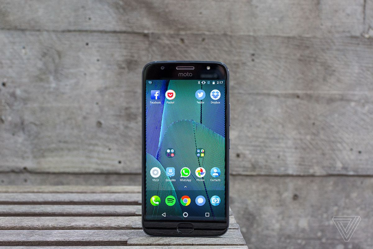 Motorola Moto G5s Plus Review Bigger And Better But At A Cost Snap Circuit Premium Design Budget Price