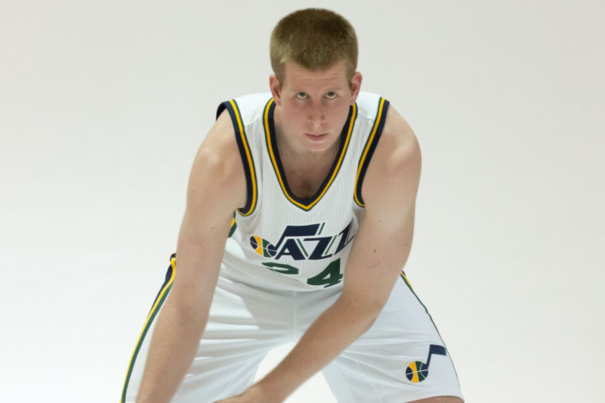 377b97f46 Brock Motum in line to make the Jazz - CougCenter