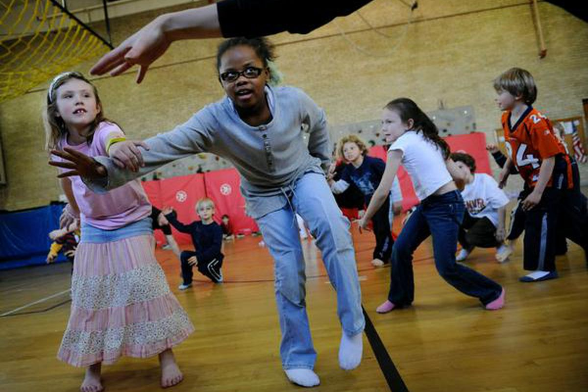 Polaris second-graders in a 2008 P.E. class (Craig F. Walker, The Denver Post)