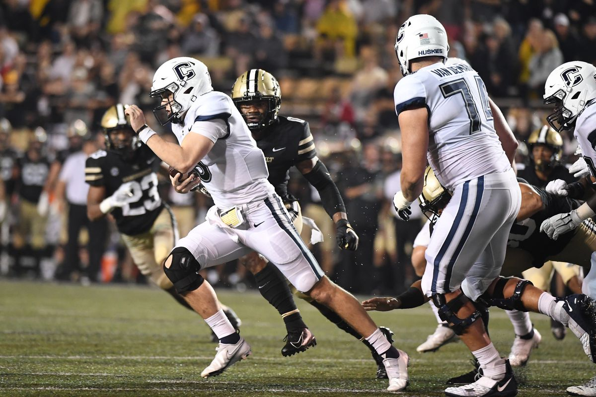 NCAA Football: Connecticut at Vanderbilt