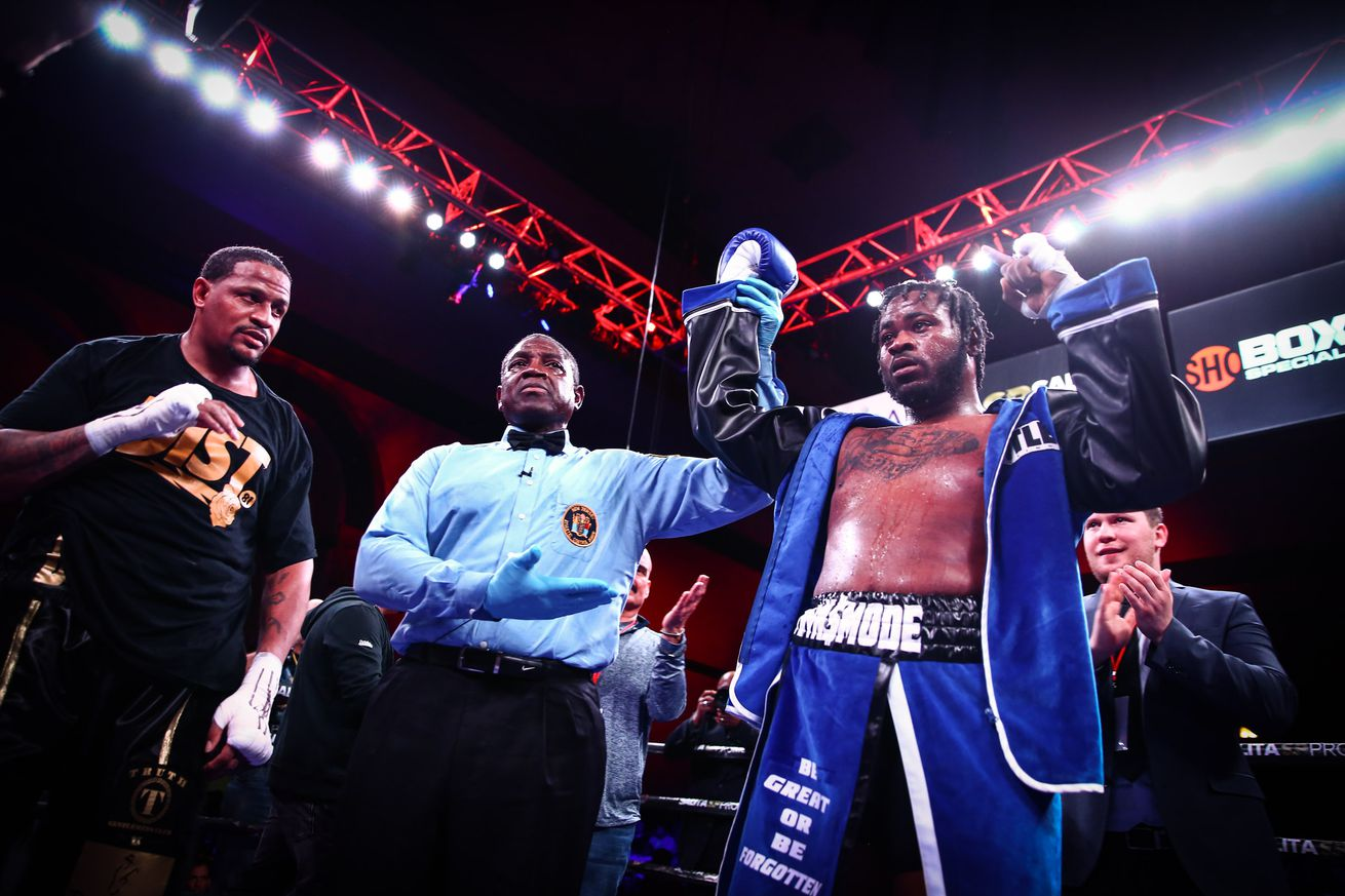 LR SHO FIGHT NIGHT FRANKLIN VS BOOKER TRAPPFOTOS 04132019 9749.0 - Heavyweight prospect Franklin looking for big fights next year