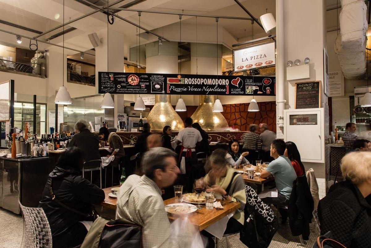 La Pizza Pasta At Eataly S Nyc Flatiron Location