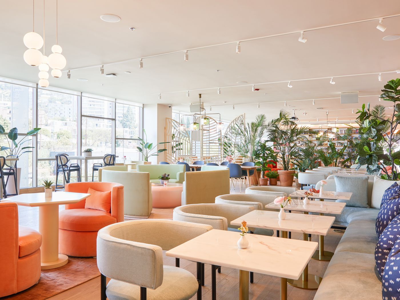 The Wing: Women-focused coworking space now open in West