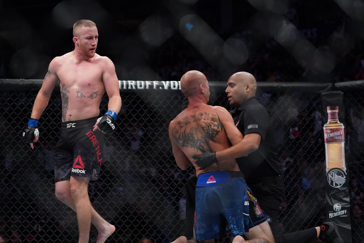 UFC exec David Shaw says referee probably could have stopped Gaethje-Cerrone fight 'a punch earlier'