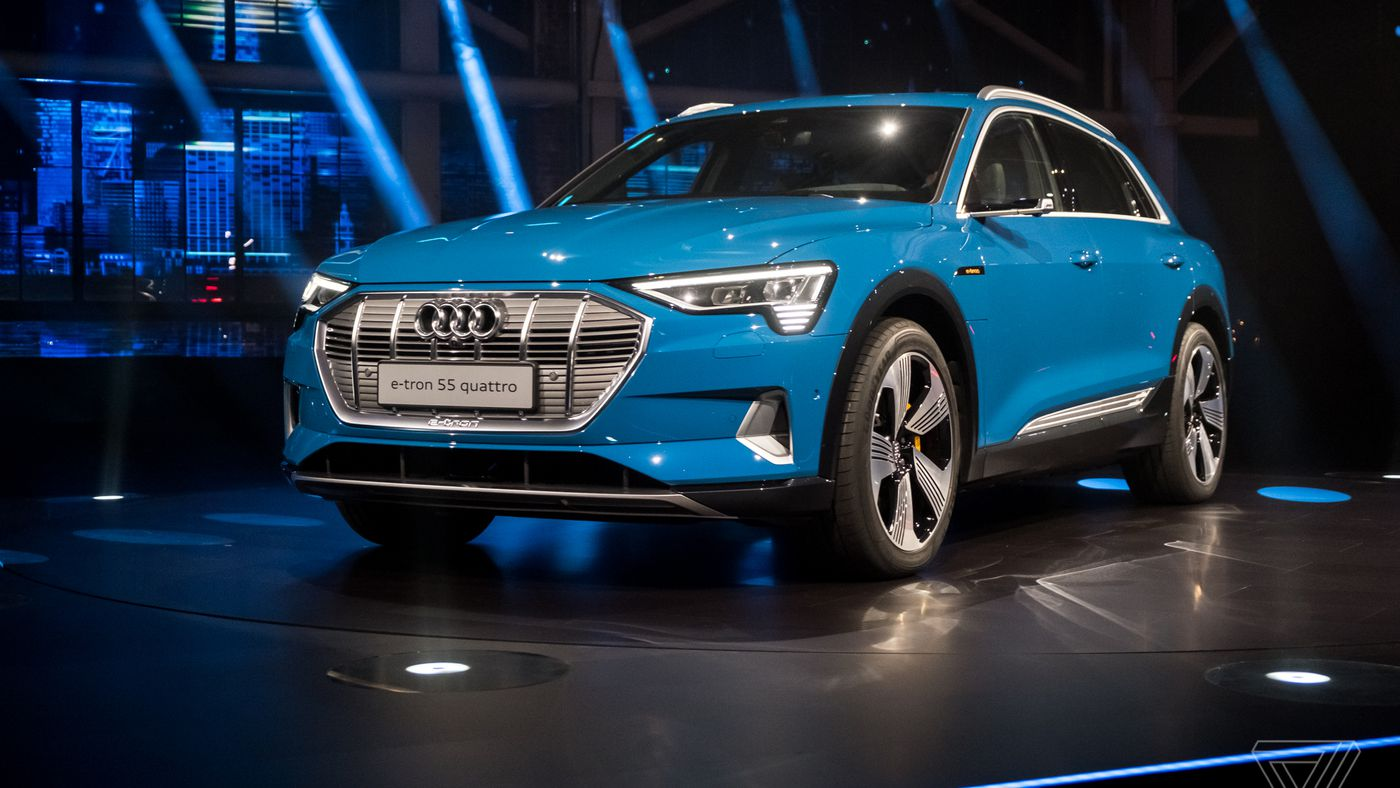 Heres The Etron Audis First Allelectric SUV The Verge - Audi etron