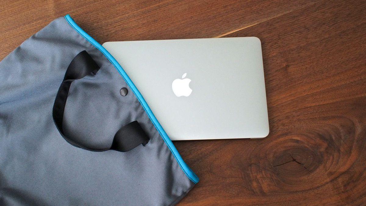 MacBook Air 11-inch (1024px)