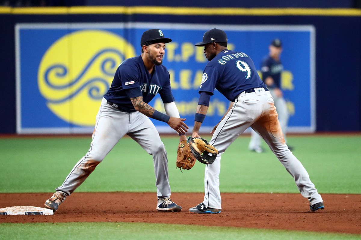 6262c910 Tampa Bay Rays News and Links: Rays fall into tie for second Wild ...