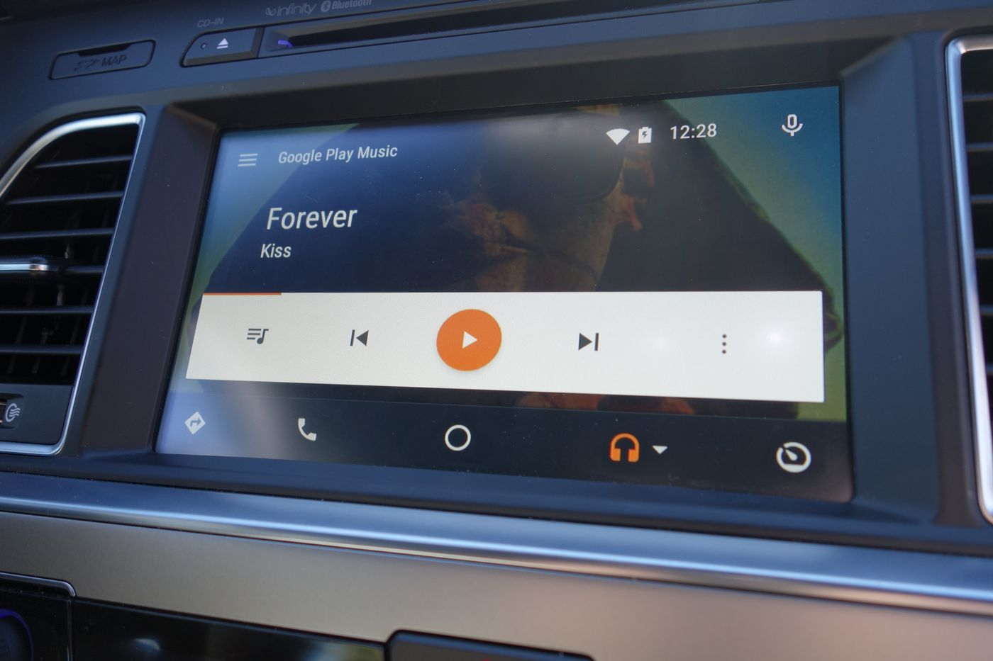 How to get married with Android Auto - The Verge