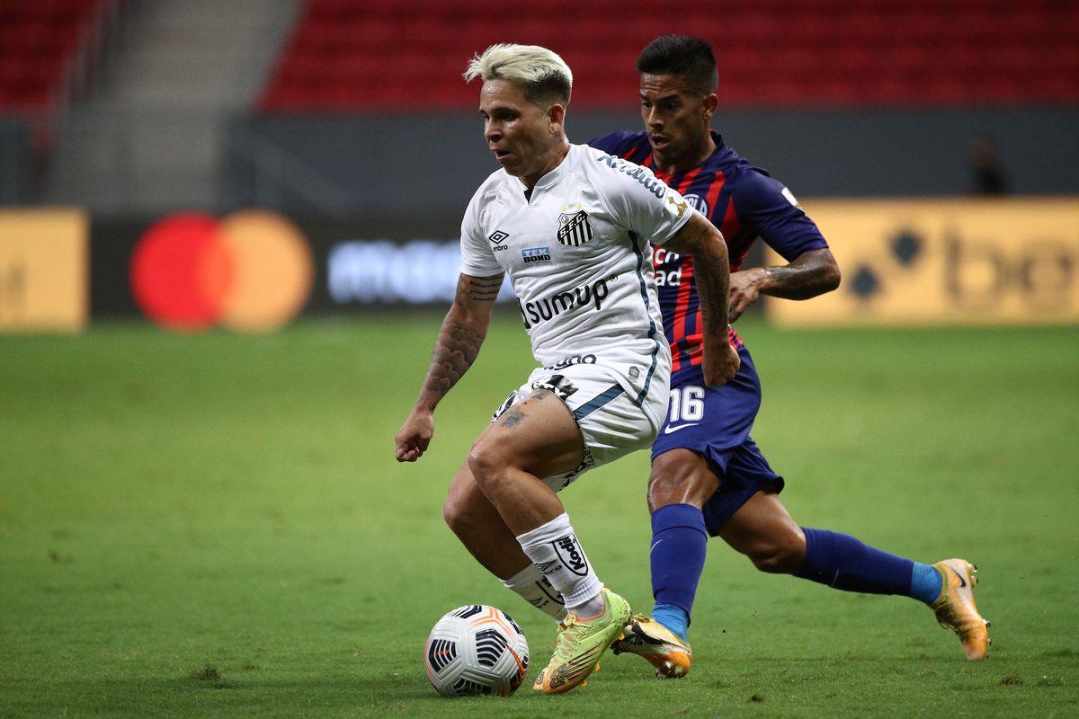 Santos v San Lorenzo - Copa CONMEBOL Libertadores 2021