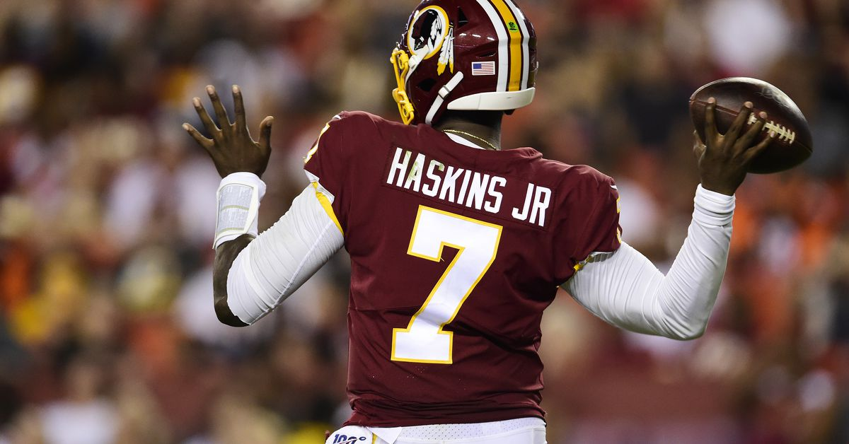 Daily Slop: Dwayne Haskins worth second look as starter; Redskins to induct London Fletcher, Chris Samuels into Ring of Fame