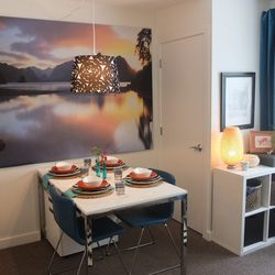 The new dining area features the TORSBY table, PJATTERYD picture, and HAVLOP lamp shade.