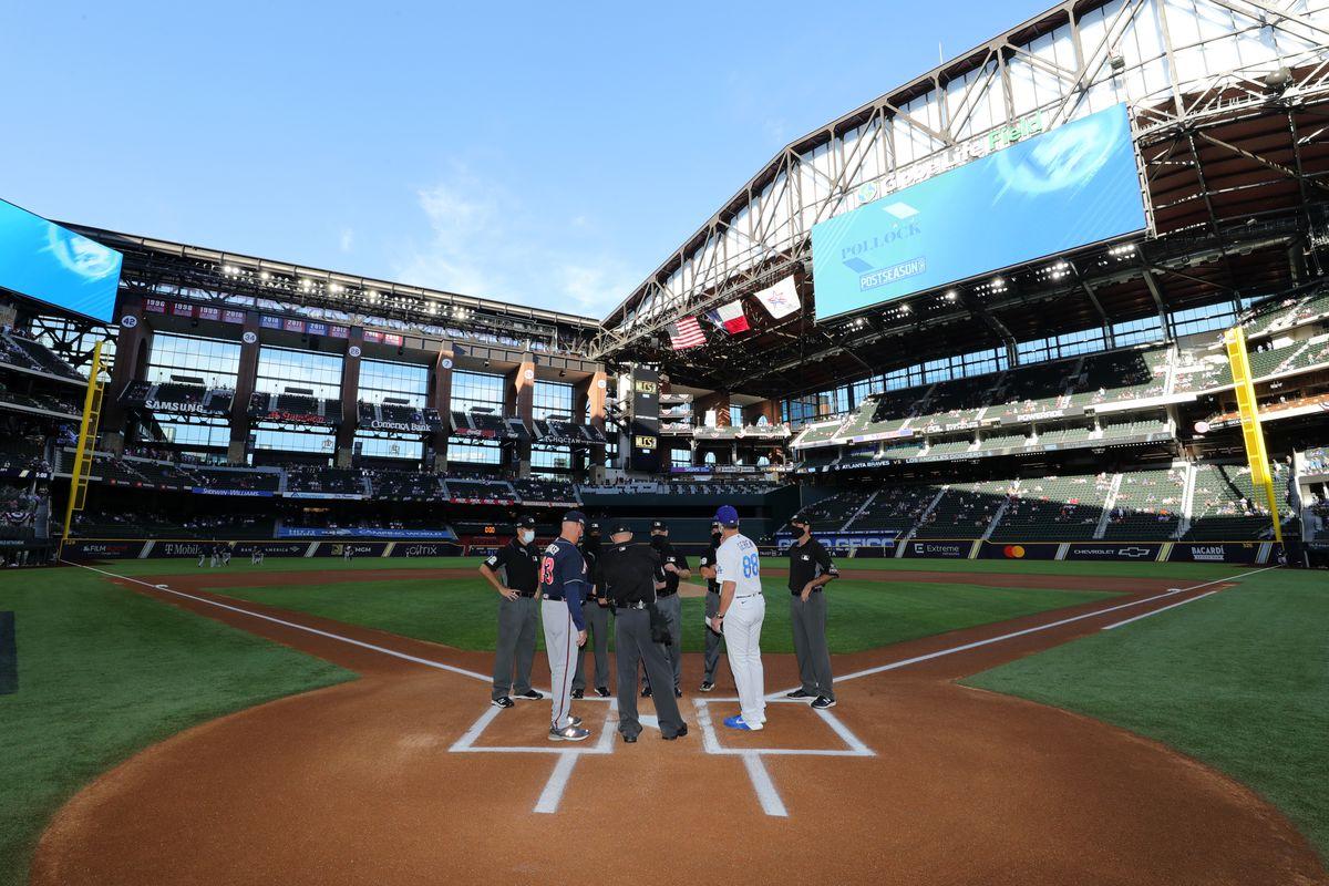 National League Championship Series Game 2: Atlanta Braves v. Los Angeles Dodgers