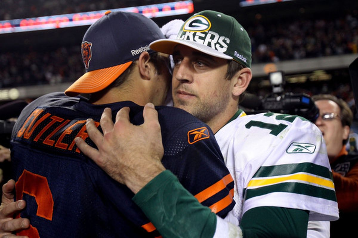 Aaron Rodgers of the Green Bay Packers congratulates Jay Cutler #6 of the Chicago Bears after the Bears won 20-17 at Soldier Field in Chicago, Illinois.  (Photo by Jonathan Daniel/Getty Images)