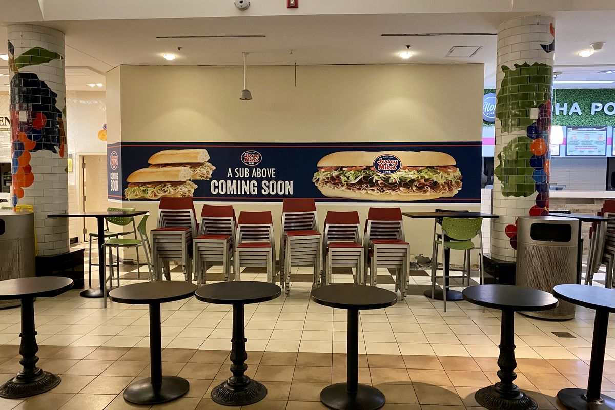 Jersey Mike's signage