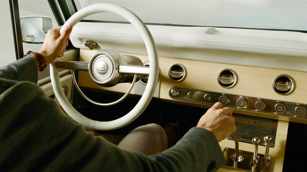 Leather steering wheel and console made from bamboo