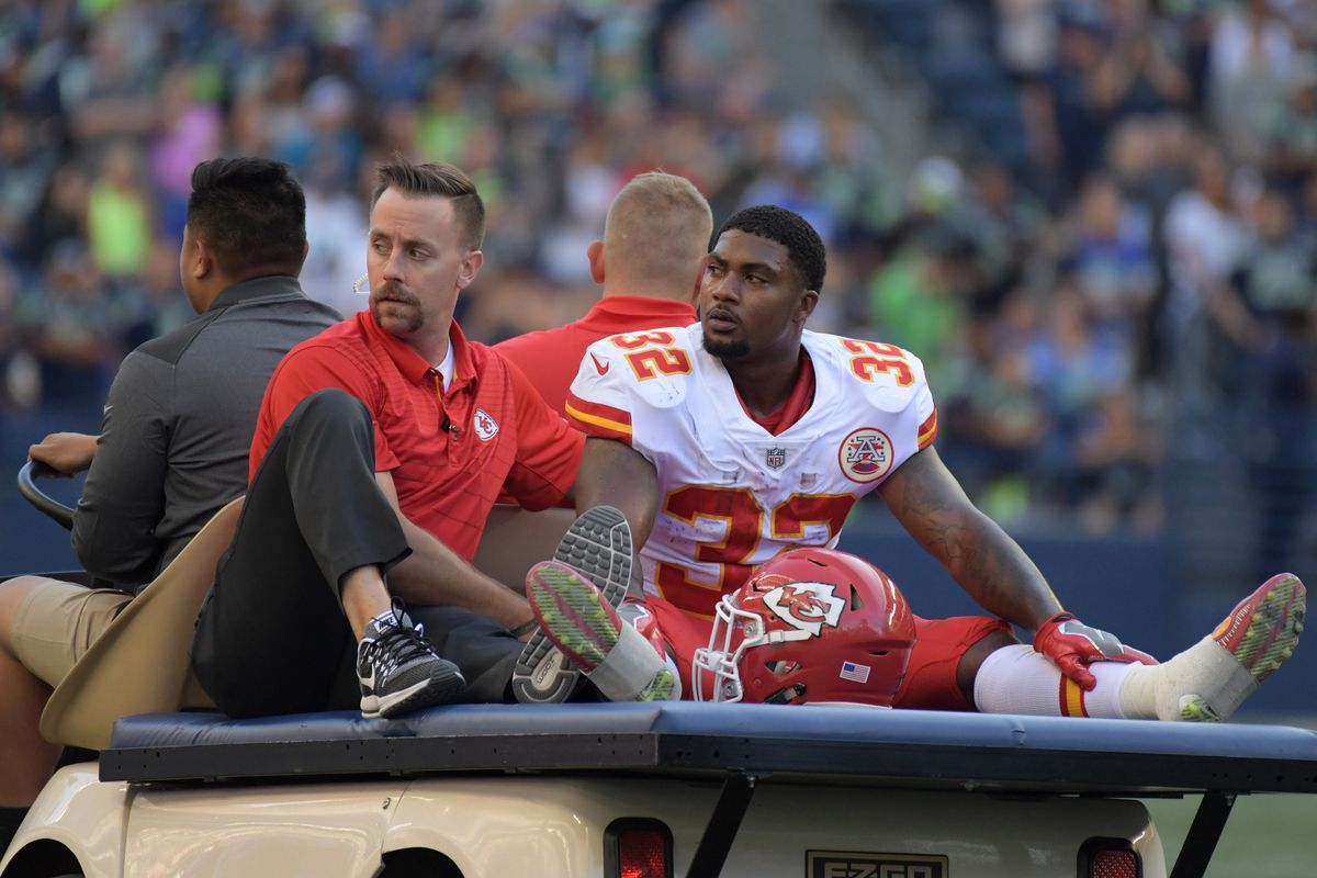 Chiefs' Spencer Ware tears knee ligament, could miss season