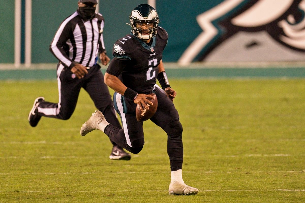 Philadelphia Eagles quarterback Jalen Hurts (2) runs for a first down during the game between the New Orleans Saints and the Philadelphia Eagles on December 13, 2020 at Lincoln Financial Field in Philadelphia, PA.