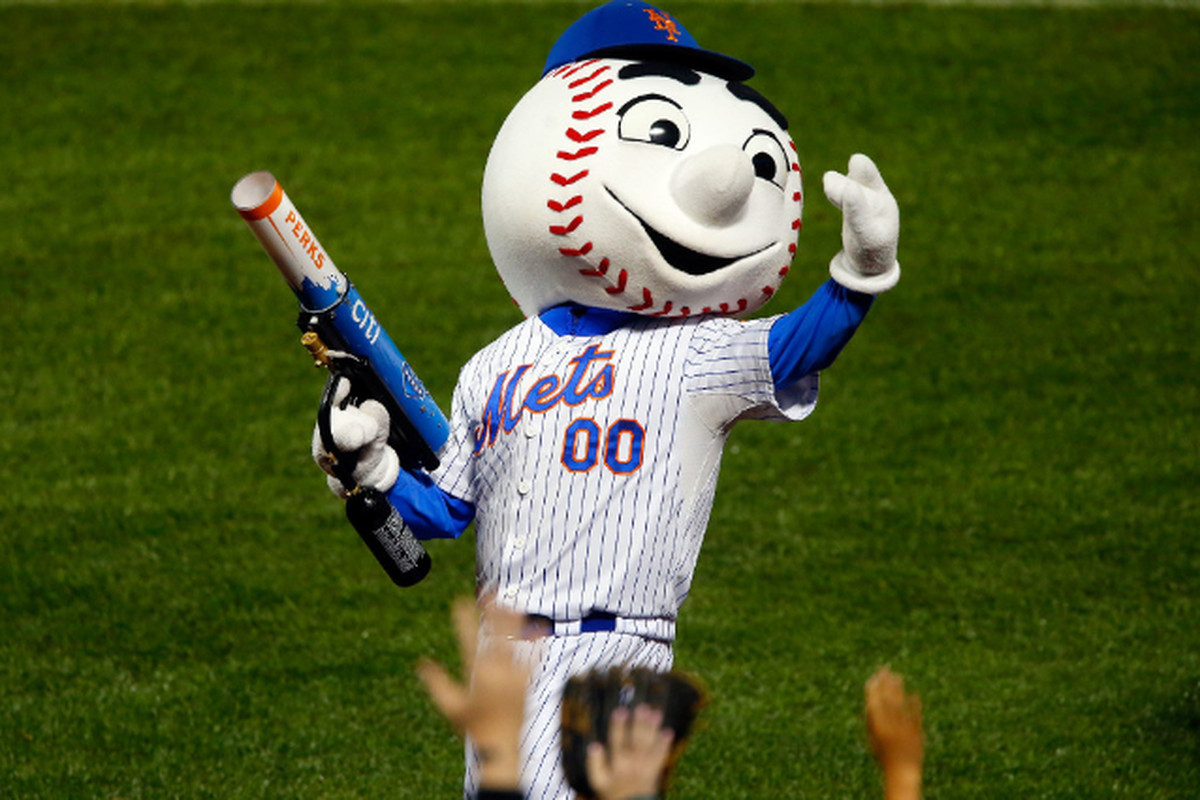 Mr Met Goes Rogue Here Are 5 Mascots Who Shouldn T Quit Day Jobs