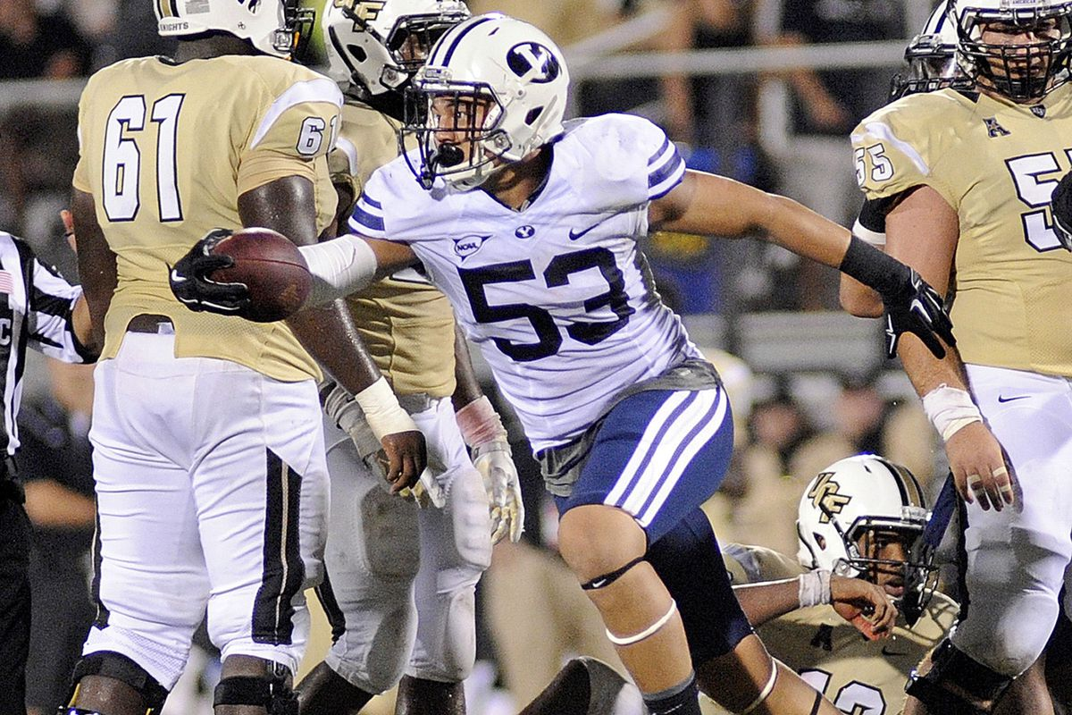 Sione Takitaki celebrates after a fumble recovery against UCF