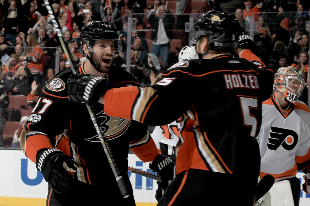 Philadelphia Flyers v Anaheim Ducks