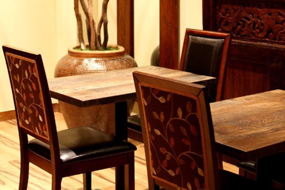 Dining tables at Cardamom Hill.