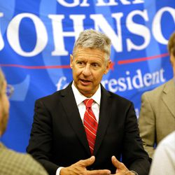 Libertarian presidential candidate Gary Johnson speaks to supporters and delegates at the National Libertarian Party Convention on Friday, May 27, 2016, in Orlando, Fla.