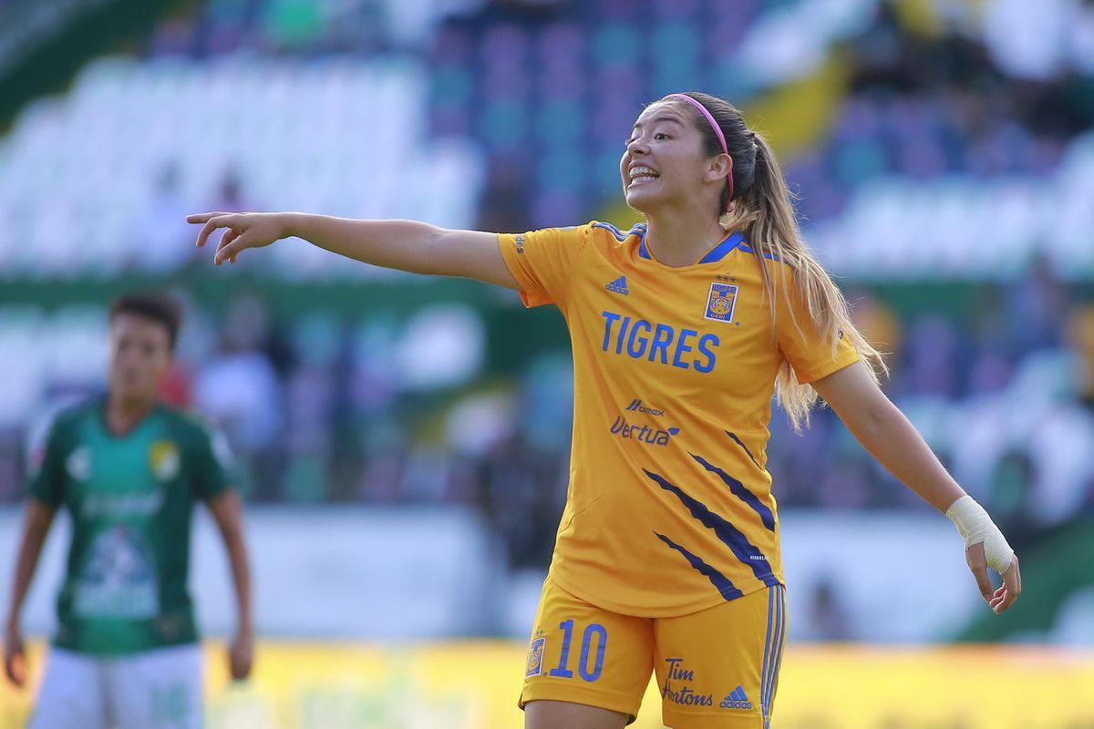Leon v Tigres - Liga MX Femenil Torneo Apertura 2021