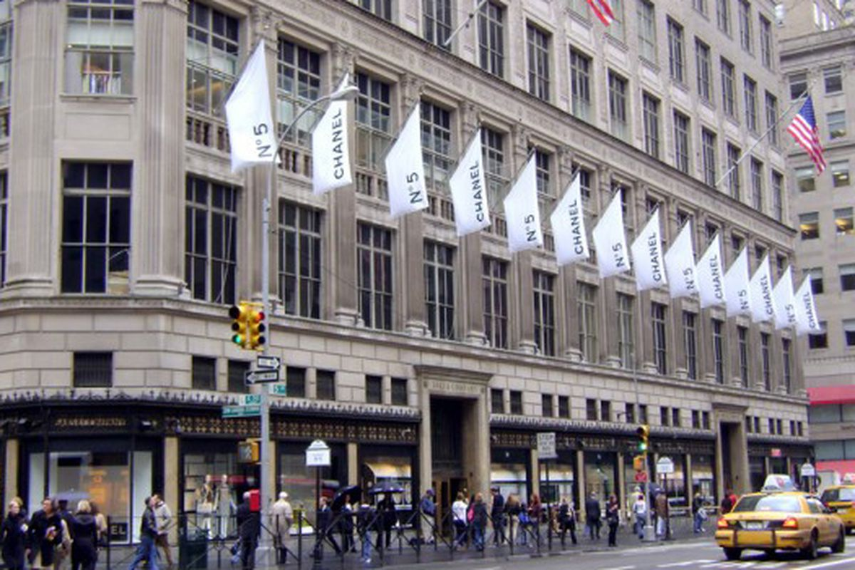 Saks celebrates Chanel No. 5 Day back in May