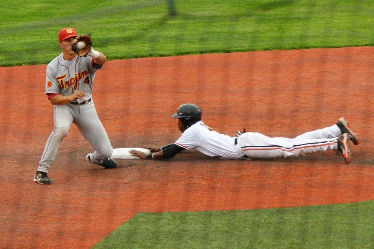 Brian Stamps steals 2nd base in yesterday's 7-2 win over the USC Trojans.  <em>(Photo by Andy Wooldridge)</em>
