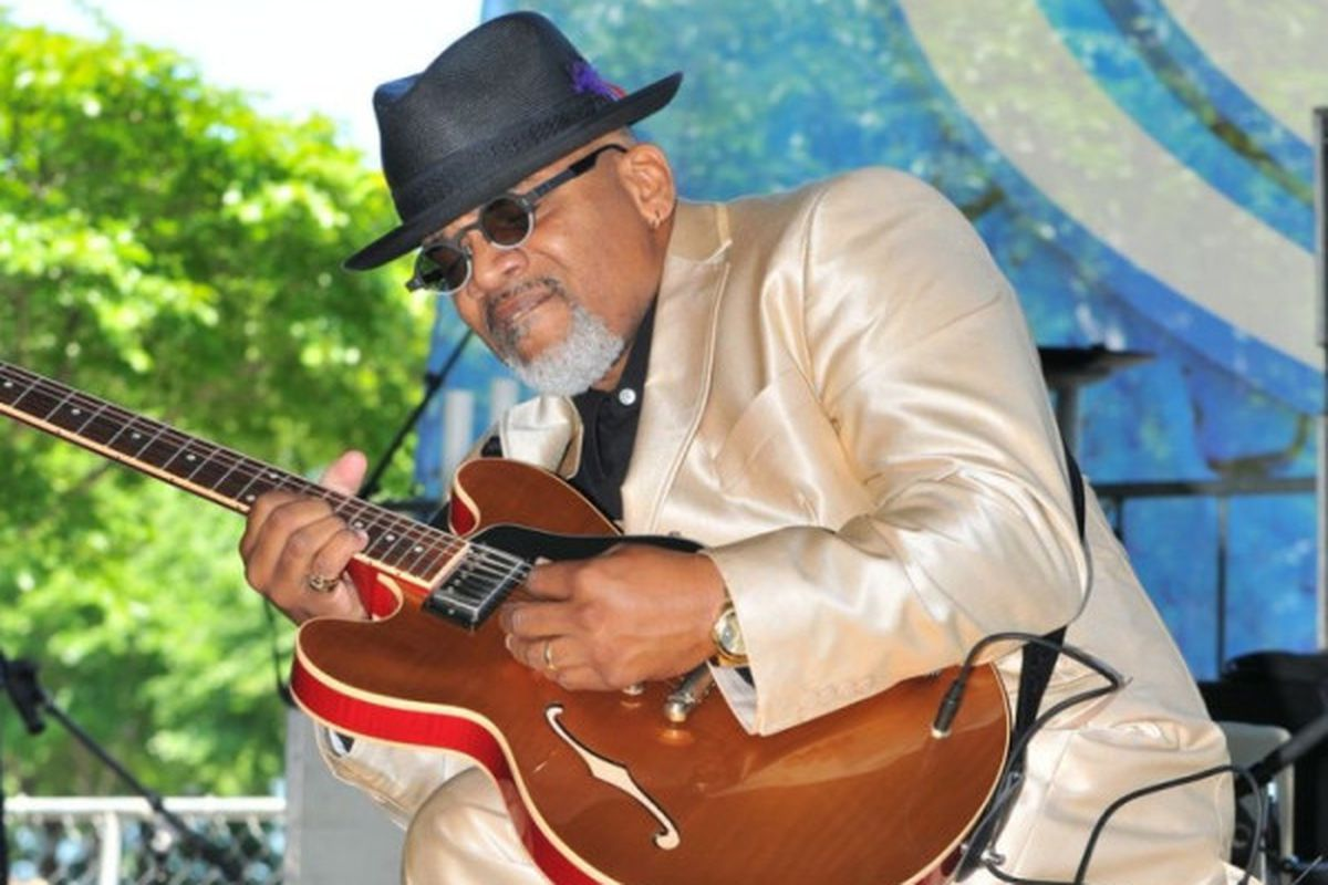 Toronzo Cannon will be among the lineup for an online Chicago blues YouTube concert on June 7.