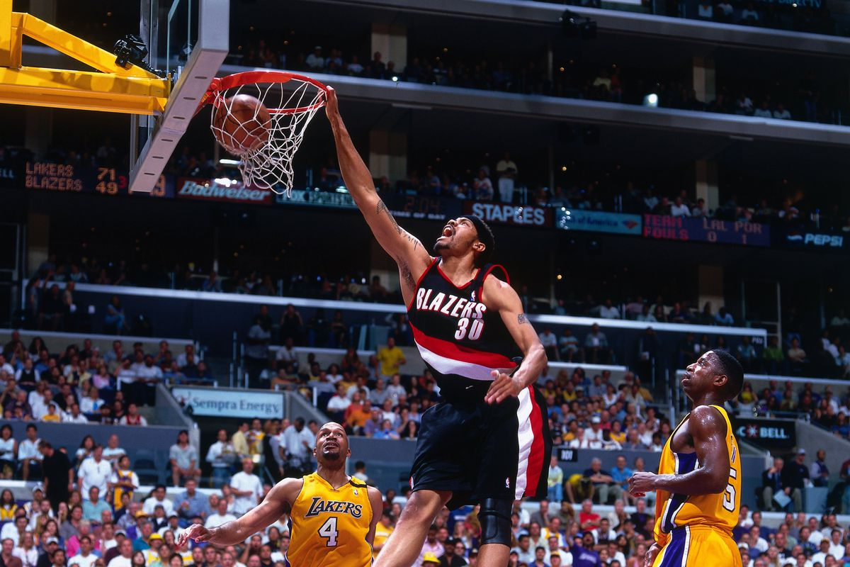 2000 Western Conference Finals, Game 1: Portland Trail Blazers vs. Los Angeles Lakers