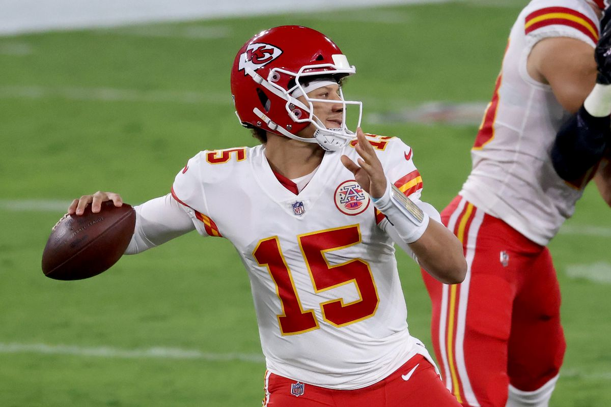 Quarterback Patrick Mahomes #15 of the Kansas City Chiefs passes against the Baltimore Ravens at M&T Bank Stadium on September 28, 2020 in Baltimore, Maryland.