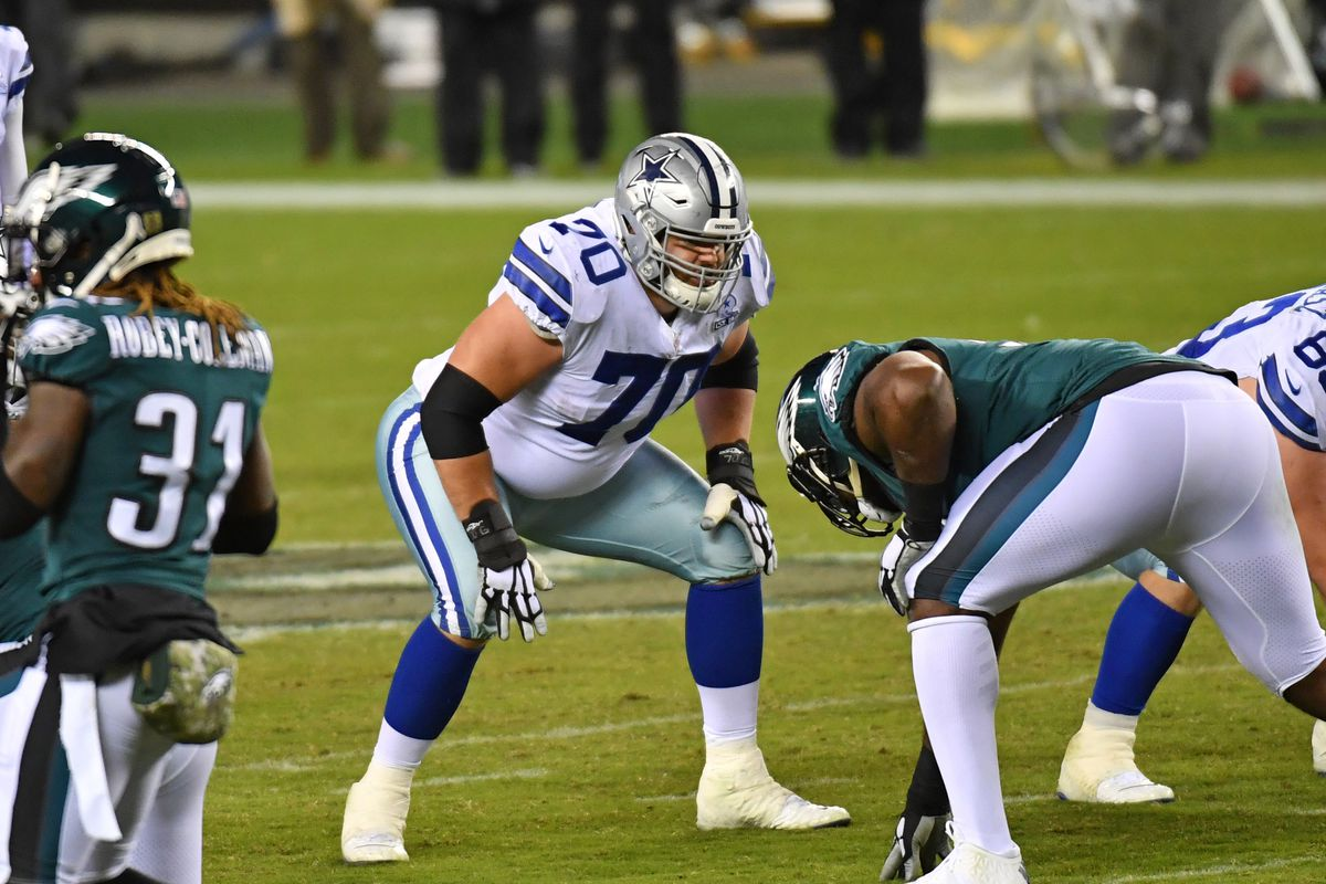 Dallas Cowboys offensive guard Zack Martin (70) prepares for the snap against the Philadelphia Eagles at Lincoln Financial Field.