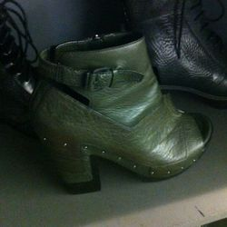 These Alexander Wang peep-toe clogs are 30% off of $578. Think they'll make it to the 50% off stage?