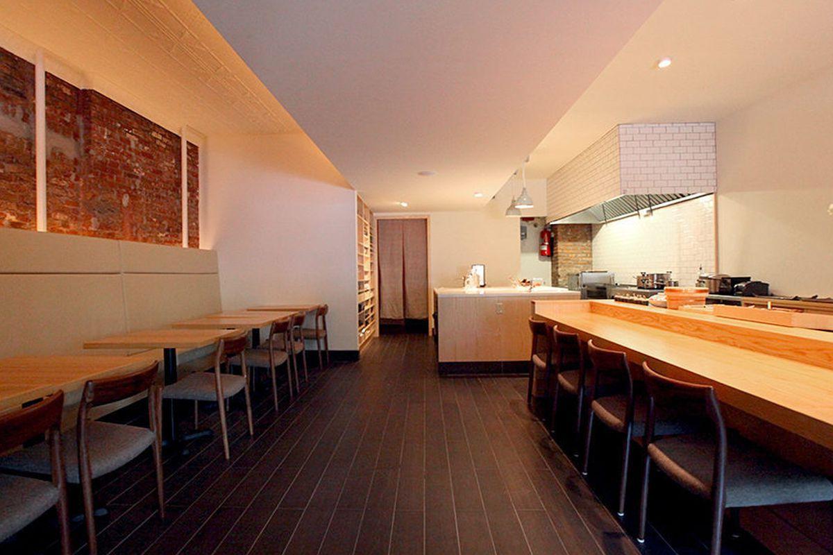 "<a href=""http://ny.eater.com/archives/2013/09/hirohisa_a_serene_new_japanese_restaurant_in_soho.php"">Hirohisa, NYC</a>"