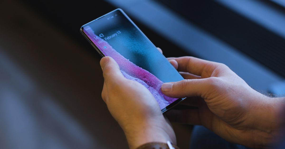 The Galaxy S10?s ultrasonic fingerprint reader is amazing