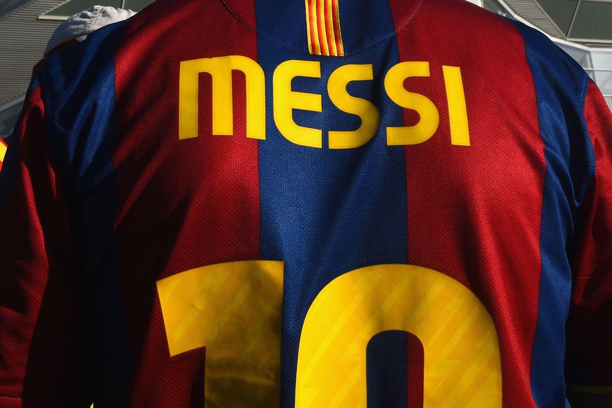 Paris Saint-Germain v FC Barcelona - UEFA Champions League Quarter Final: First Leg
