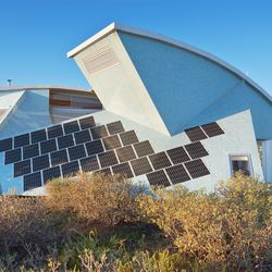 Four people can sleep in El Cangrejo, a futuristic, sustainable home that uses geometric shapes to channel wind.