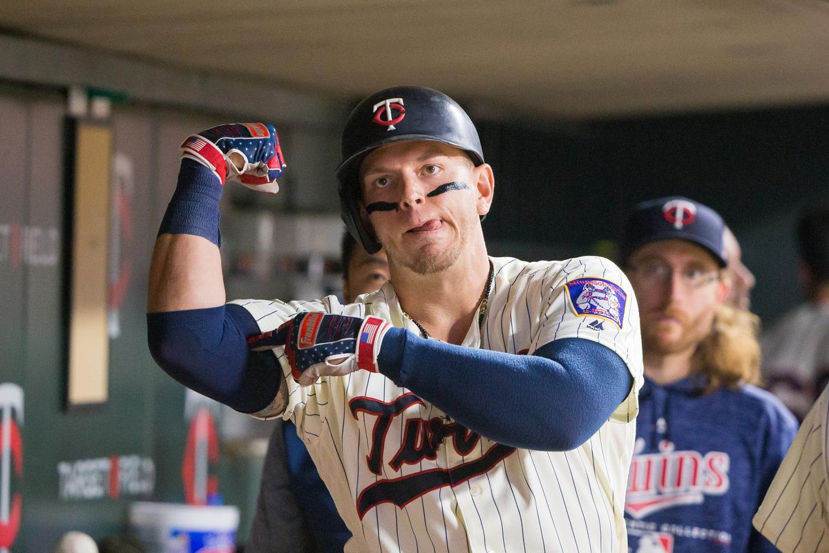 97599a9749366 Yankees reportedly sign Logan Morrison to minor league deal ...