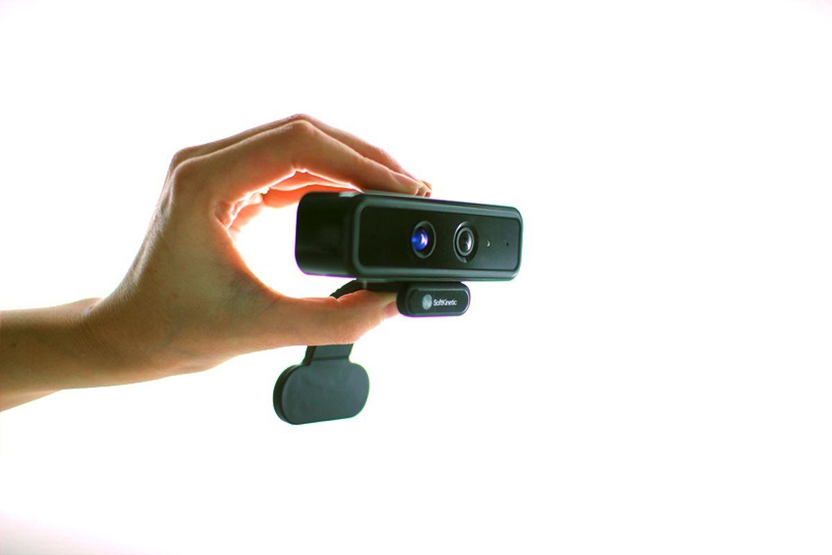 DS325 gesture camera
